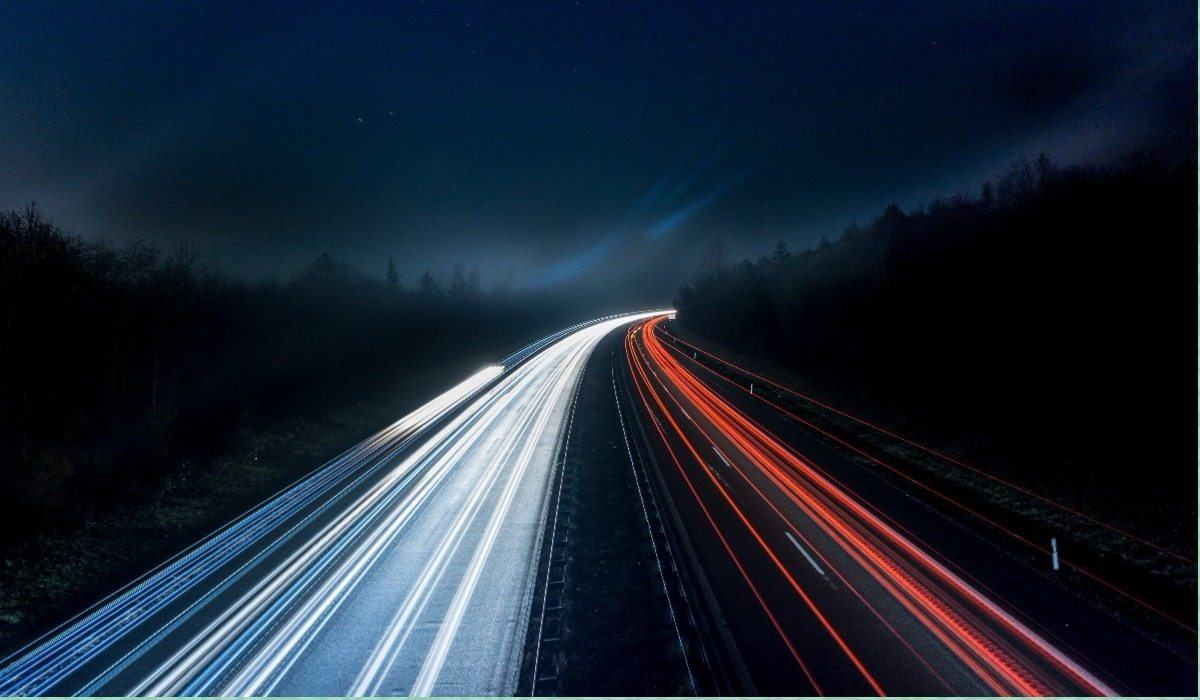 """Niesamowite światła nad Polską autostradą. """"To UFO!"""""""