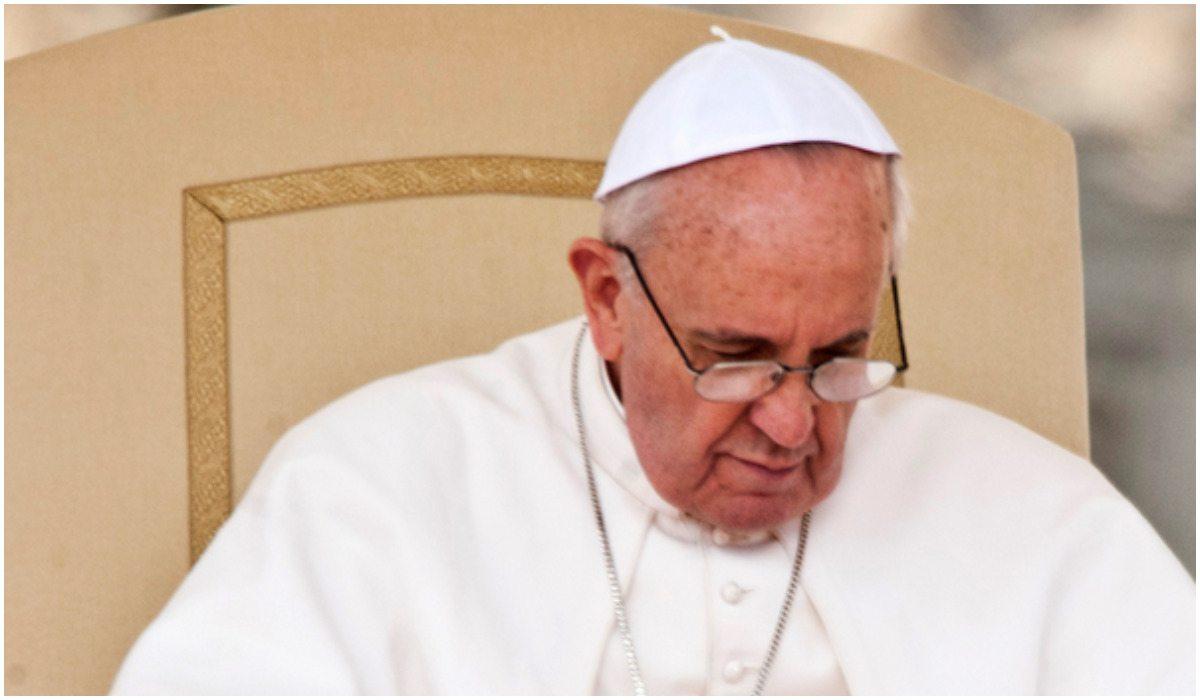 O co chodzi? Papież odznaczył proaborcyjną aktywistkę