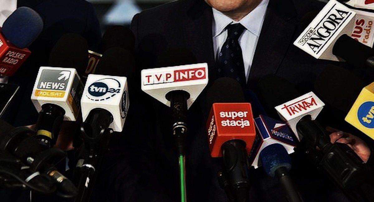 Sensacyjny transfer. Dziennikarz idzie z TVN do mediów narodowych
