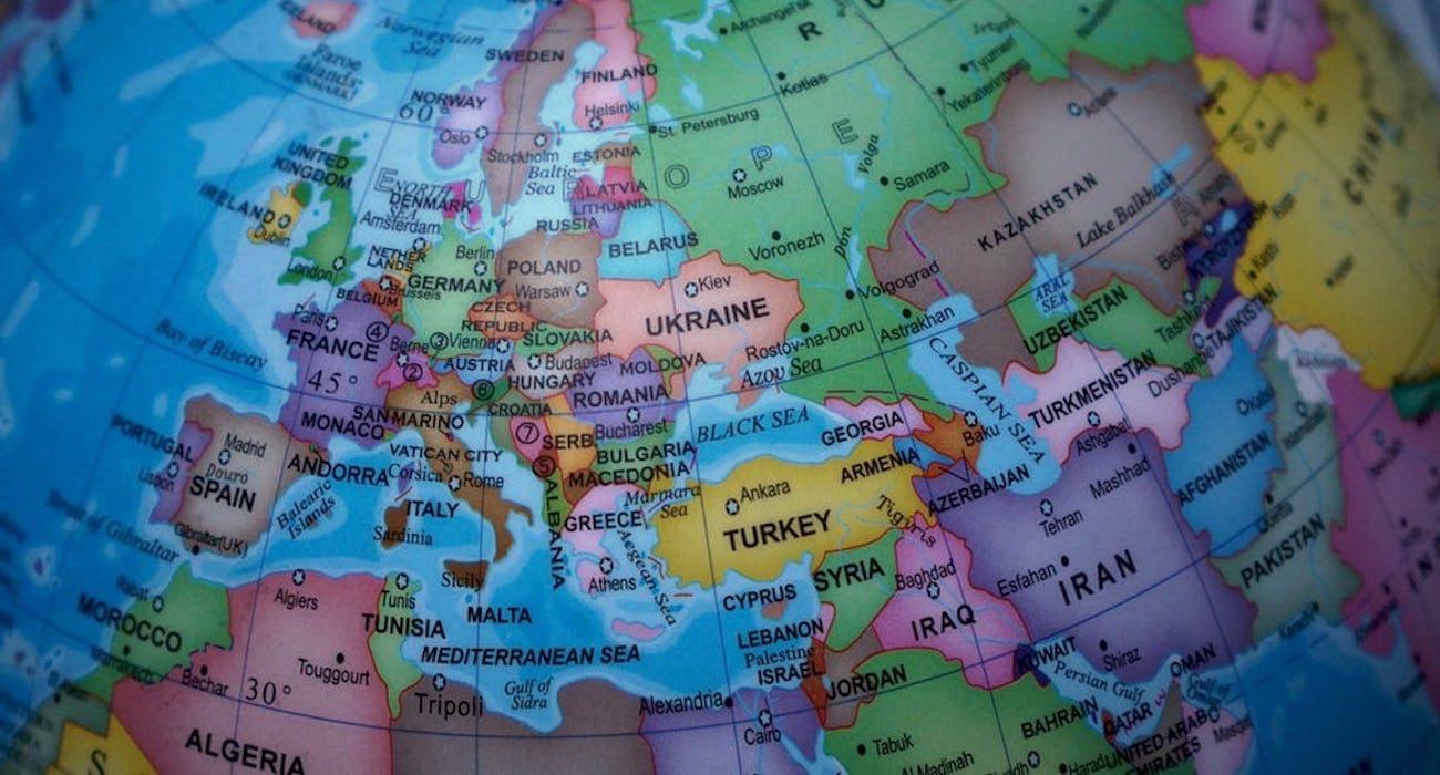 Europejski kraj zmieni nazwę. Konflikt się zaognia
