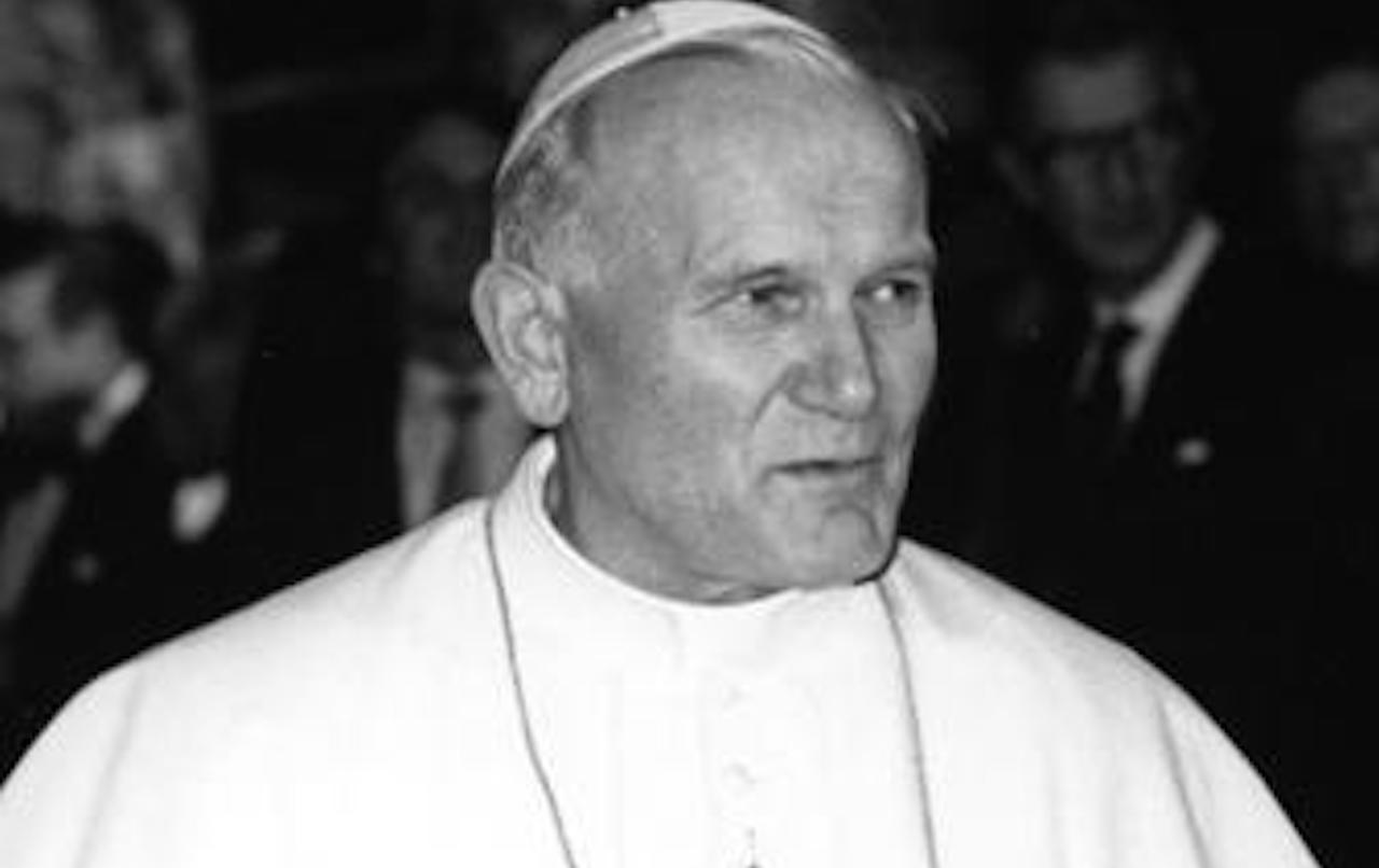 Ze szczątkami Jana Pawła II zrobiono coś szokującego