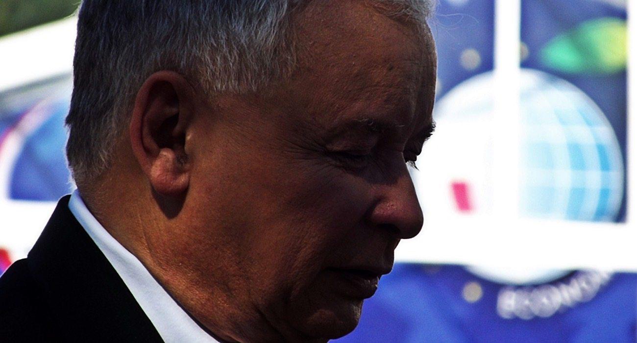 Upokorzony Kaczyński komentuje decyzję komisji. Wyborcom PiS odjęło mowę