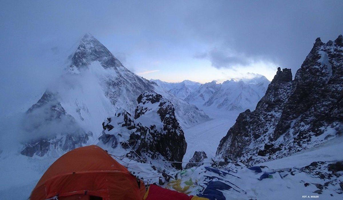 Klęska na K2! Łzy i dramatyczna decyzja Polaków