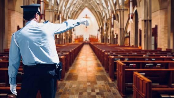 To, co policja odkryła w polskim kościele, niemal doprowadziło ich do łez. Seksualna makabra