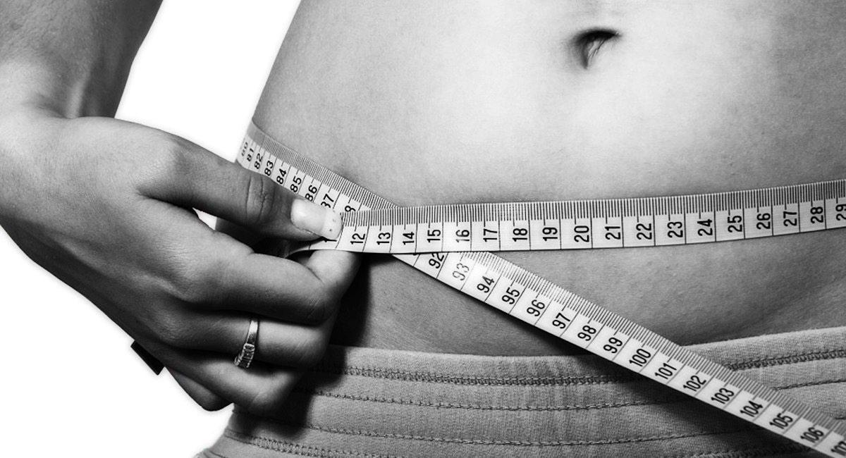 Co jeść żeby schudnąć? Przepisy, wskazówki, zasady żywienia