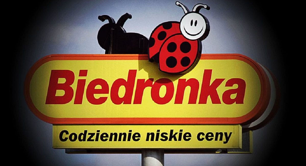 """Prawica chce rozszarpać Biedronkę! """"Ohydna promocja, antypolska"""""""