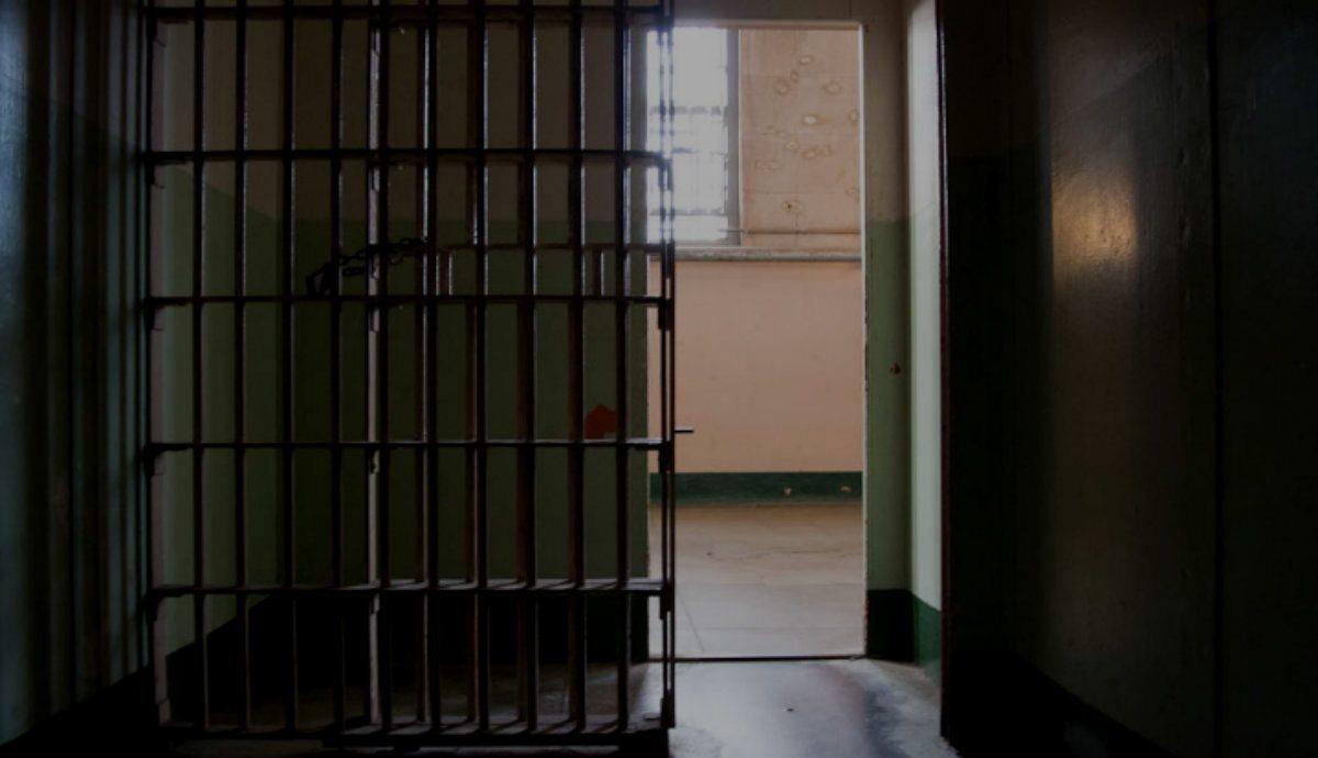 Francja przerażona. Tysiące dżihadystów w więzieniach znalazło drogę na wolność
