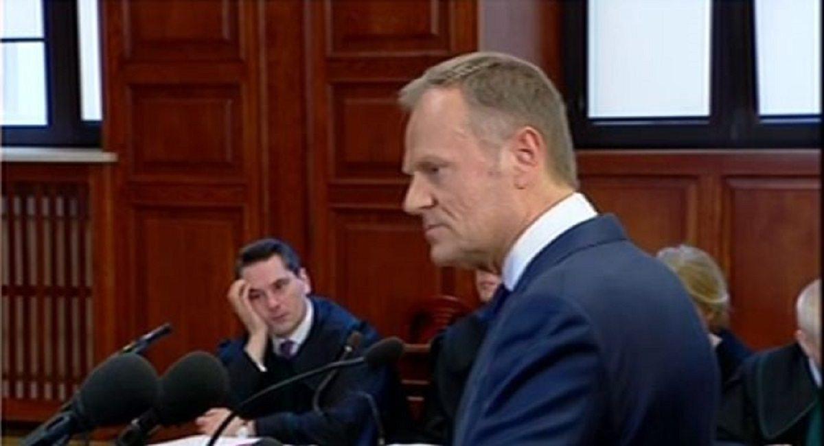 Dzieje się! Tusk właśnie ośmieszył PiS przed sądem