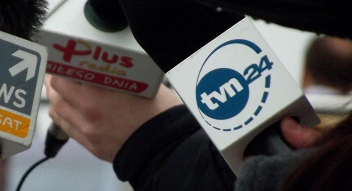 Dziennikarze TVN24 skandalicznie potraktowani! Minister PiS wyrzuciła ich na bruk