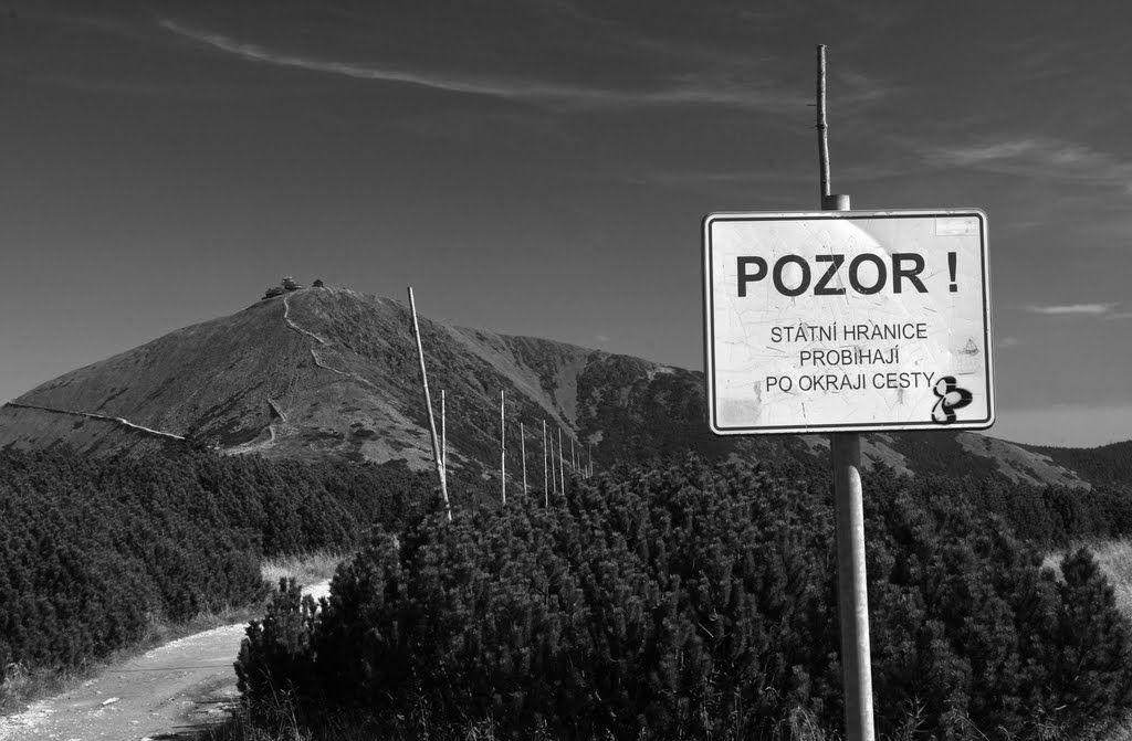 Czesi zamykają granice z Polską, Polacy wyrzucani z kraju. O co chodzi?