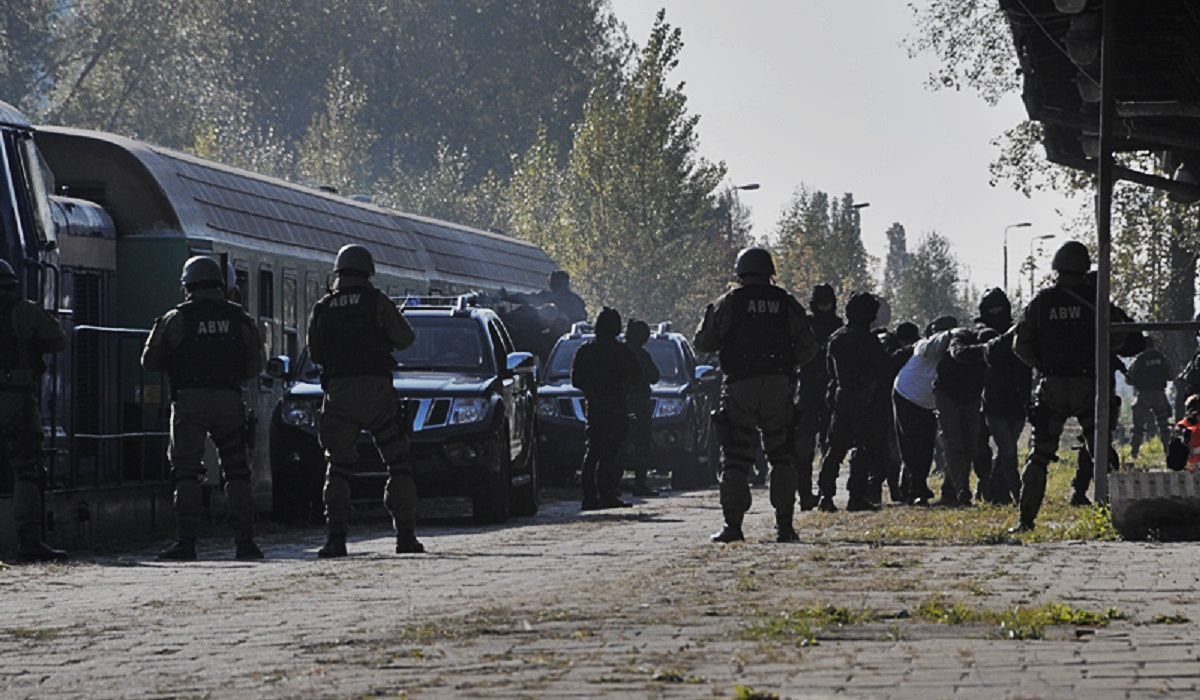 Warszawie grozi atak. Służby rozpoczęły przygotowania