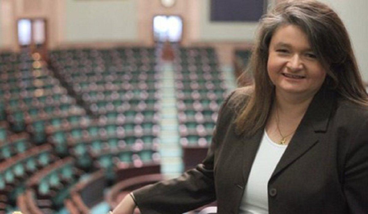 Była asystentka Komorowskiego ujawnia: Piłam na umór