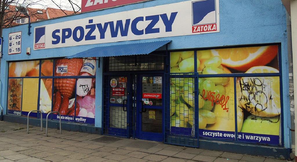 Polski polityk pobił się pod sklepem. Pięści poszły w ruch, polała się krew
