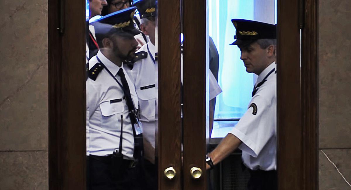 Protestujący w Sejmie są przerażeni. Straż dostała nowe uprawnienia