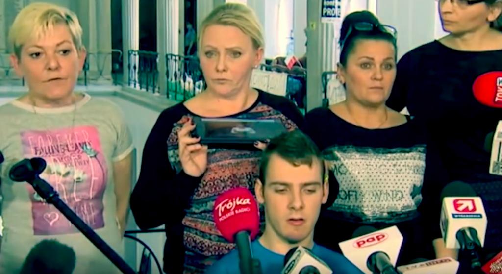 """Protestujący zostaną siłą wyniesieni z Sejmu?! """"Torby mamy spakowane"""""""