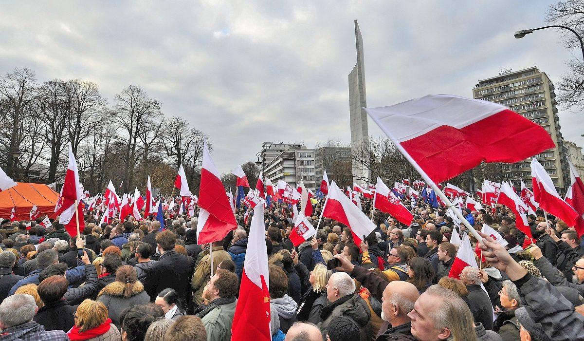 Warszawa zostanie zablokowana. 100 autokarów, tysiące protestujących
