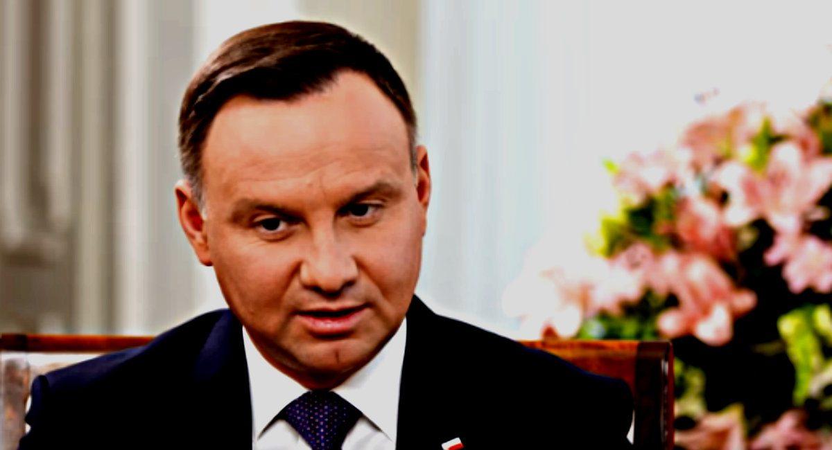 Macierewicz miał wypadek, Kaczyński chory, a Andrzej Duda właśnie trafił na BADANIA!
