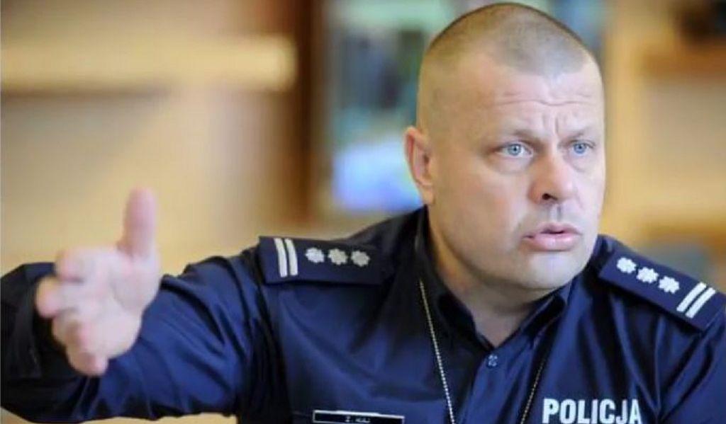 Komendant Maj przerywa milczenie! Ma haki na polityków PiS