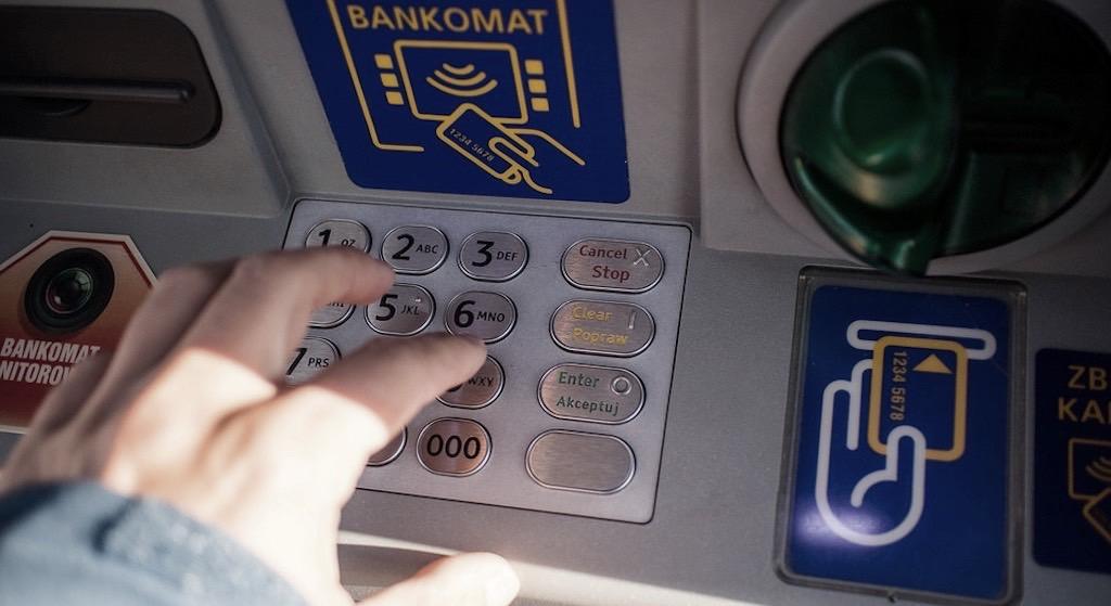 Bankomat. PKO BP