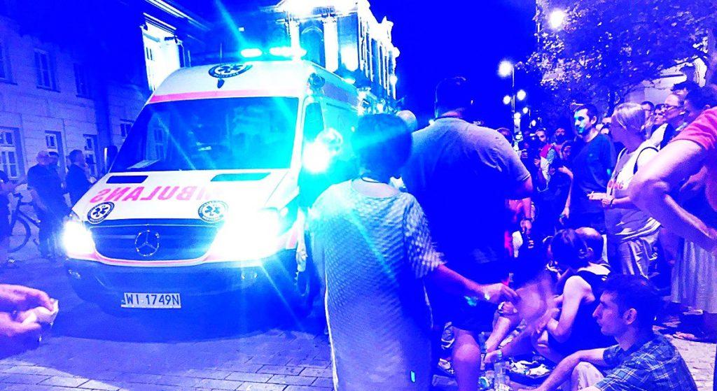 Ranni pod Pałacem Prezydenckim! Turystka z Azji wśród poszkodowanych