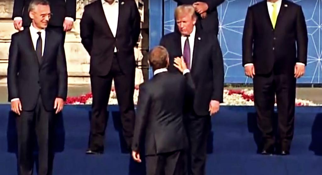 Afera na szczycie NATO! Trump uderzył Tuska, ten mu oddał (VIDEO)