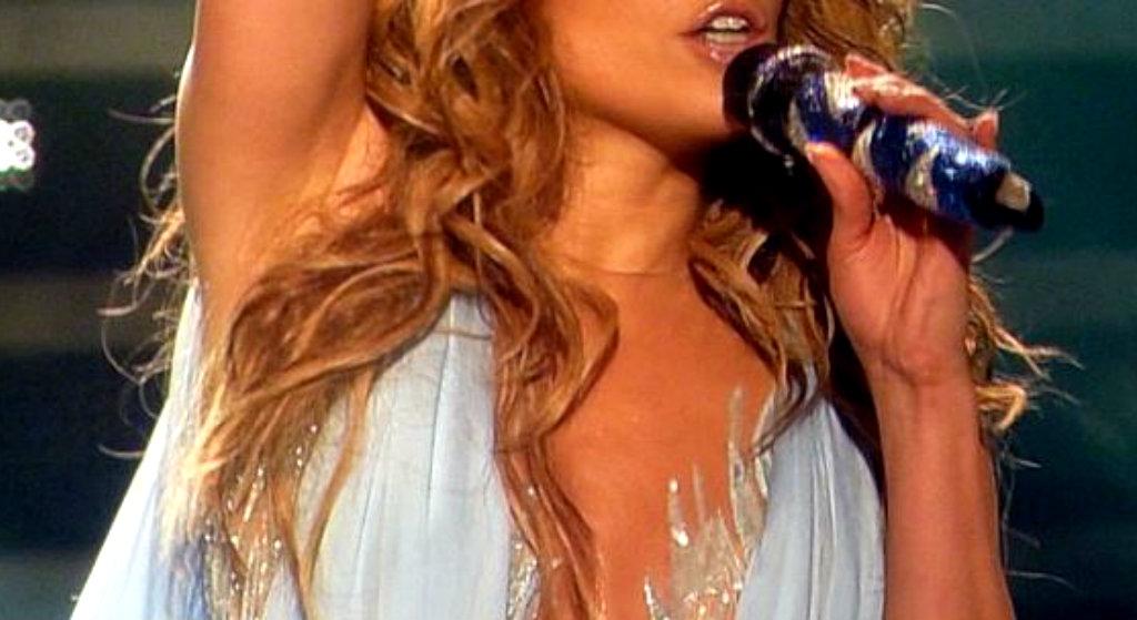Burza w sieci, chodzi o seks-taśmę legendarnej wokalistki. Gejowska afera w tle