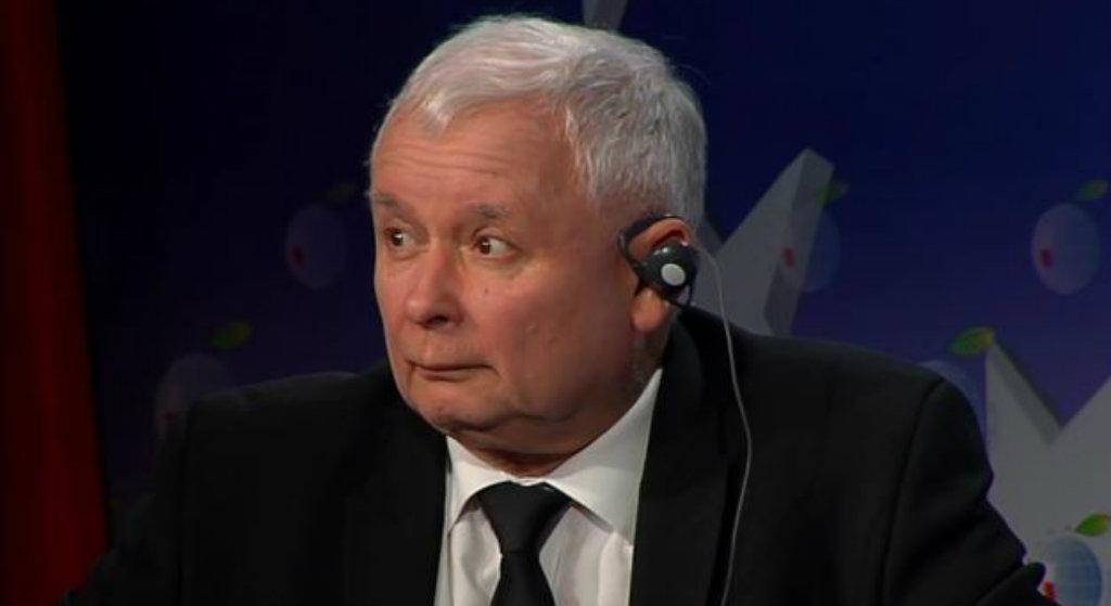 """Kaczyński się wycofuje. """"Zdradził samego siebie"""""""