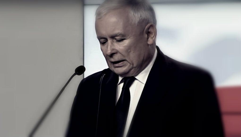 """Kaczyński wpadł! Na Żoliborzu odwiedza go """"tajemniczy"""" gość"""