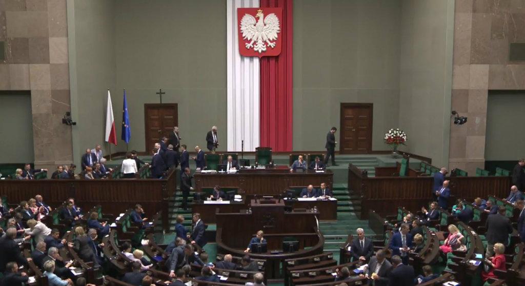Miliony Polaków przerażone. Wejście tej ustawy w życie jeszcze nigdy nie było tak blisko