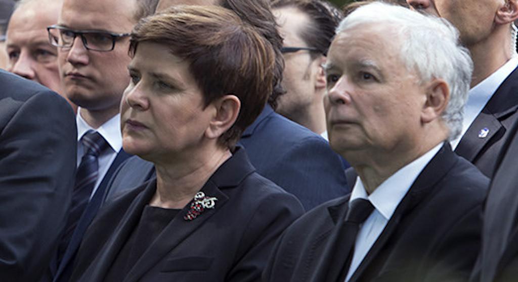 Pilna rozmowa Kaczyńskiego z Szydło. Była premier musi wyjechać z Polski na stałe