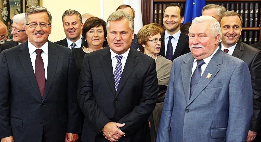 Kwaśniewski i Wałęsa razem przeciwko PiS! Będą starcia z policją?!