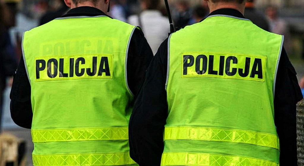 Całodobowy patrol policji przy biurze poselskim PiS! Powód absurdalny