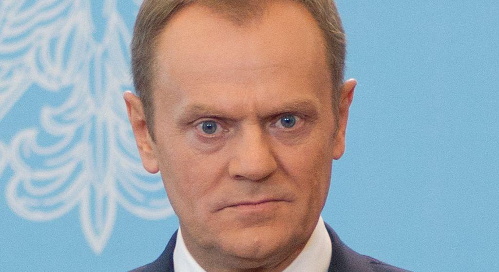 Tusk stracił pozycję. Opozycja zrozpaczona