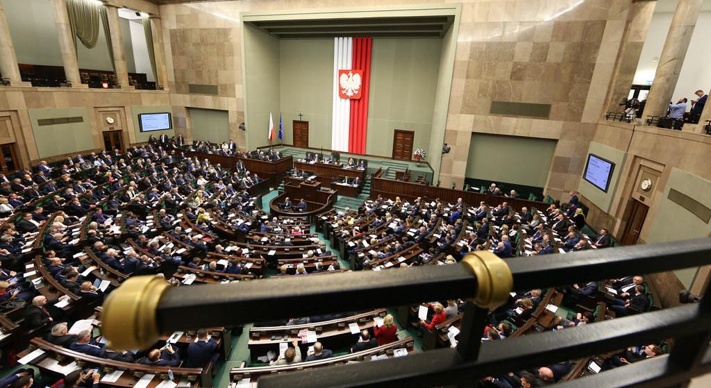 PiS traci większość w Sejmie. Sensacyjne badanie