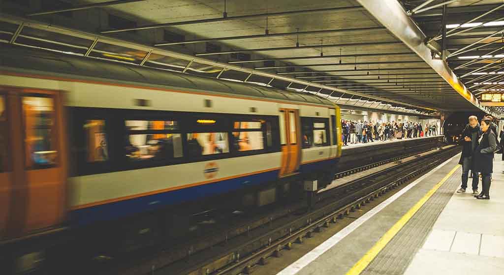 Spóźnia się Twój pociąg? PKP będzie musiało Ci za to zapłacić!