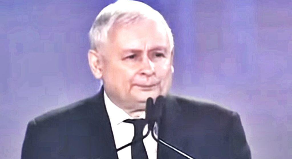 """Ksiądz Lemański o śmierci Kaczyńskiego: """"Wszyscy odetchniemy z ulgą"""""""