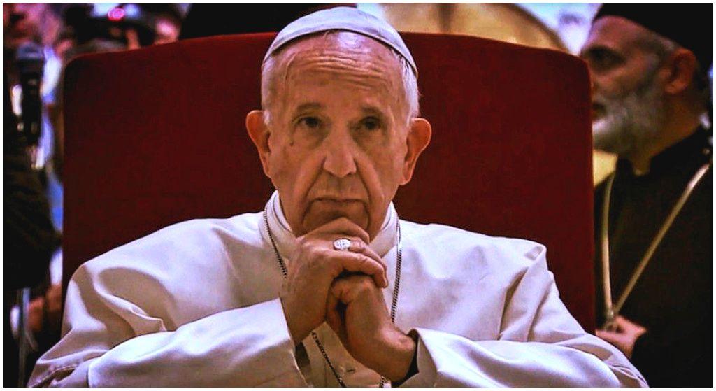 Przełom w Kościele katolickim. Papież Franciszek triumfuje