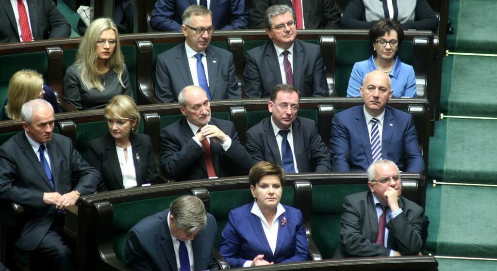 PiS rozsadzi skandal przed wyborami? WP ujawniła zakulisowe maile