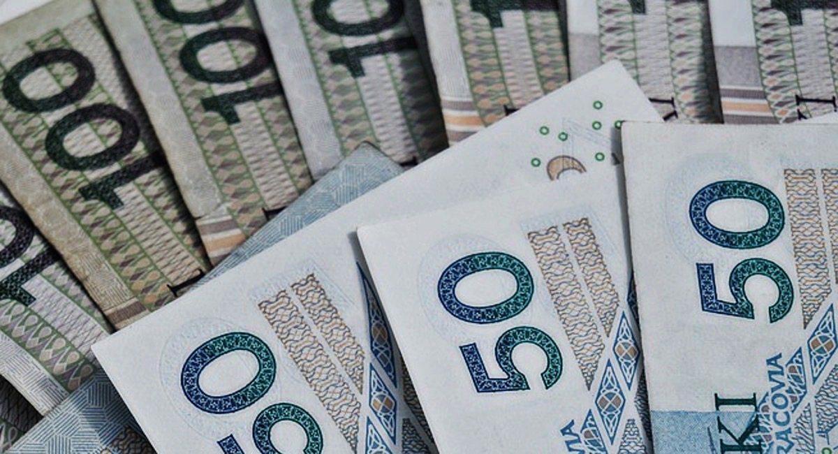 Bank w Polsce szuka takich osób. Mają dla nich pieniądze