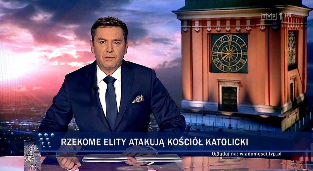 Wiadomości TVP chamsko zapowiedziały Kler. Przeszli samych siebie