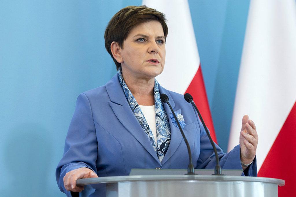 Beata Szydło w centrum awantury! Na jej wiecu fani PiS nie wytrzymali