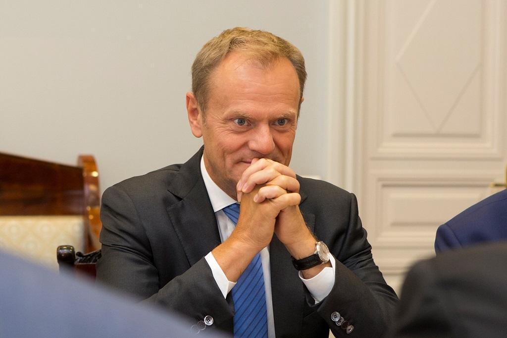PiS stchórzyło przed Tuskiem? Sensacyjna decyzja przed wyborami