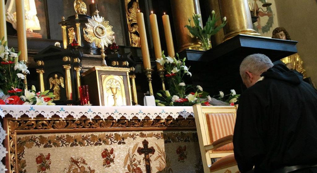 Białystok: Półnadzy grzesznicy wtargnęli do kościoła. Rozpętali awanturę