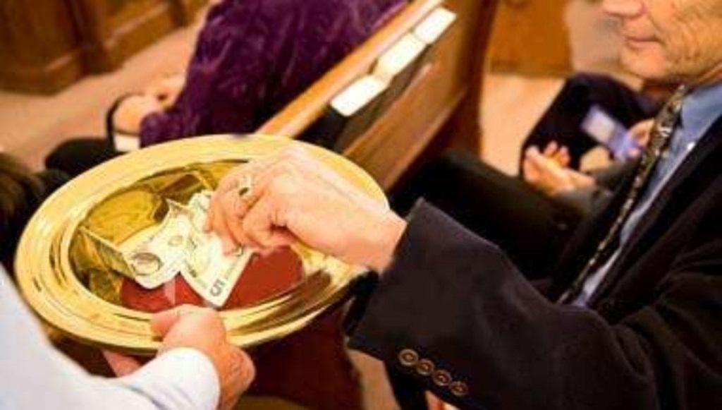 """Ile wynosi """"co łaska""""? Padniecie z wrażenia, niektórzy księża nie mają wstydu"""