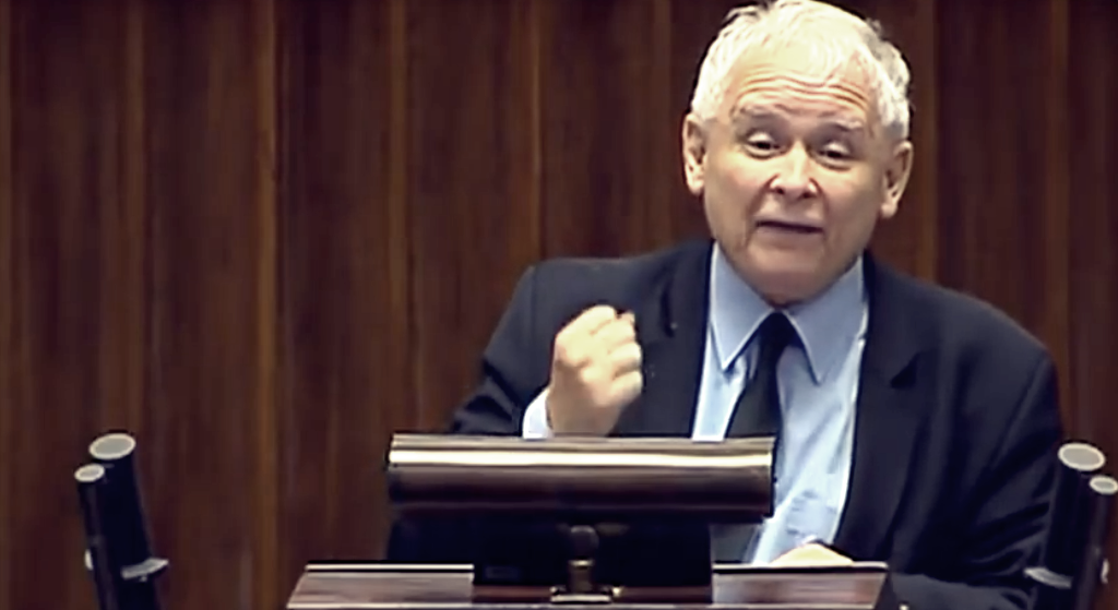 Kaczyński się zapędził. Nagle stanął jak wryty i... zamilkł