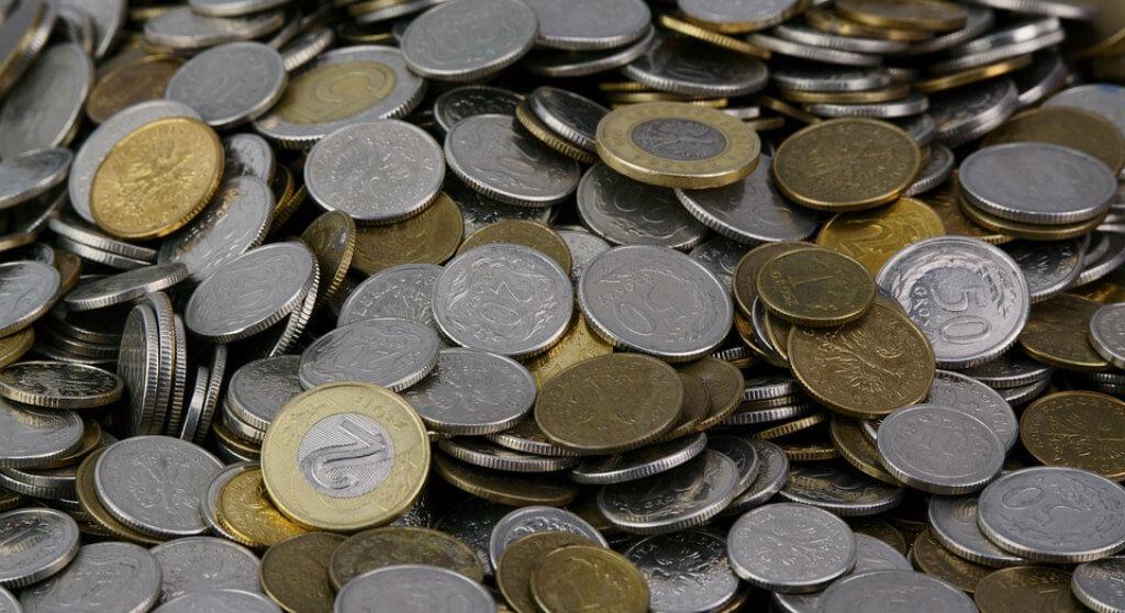 Rządowa komisja wzięła się za duży polski bank! Co z klientami?!