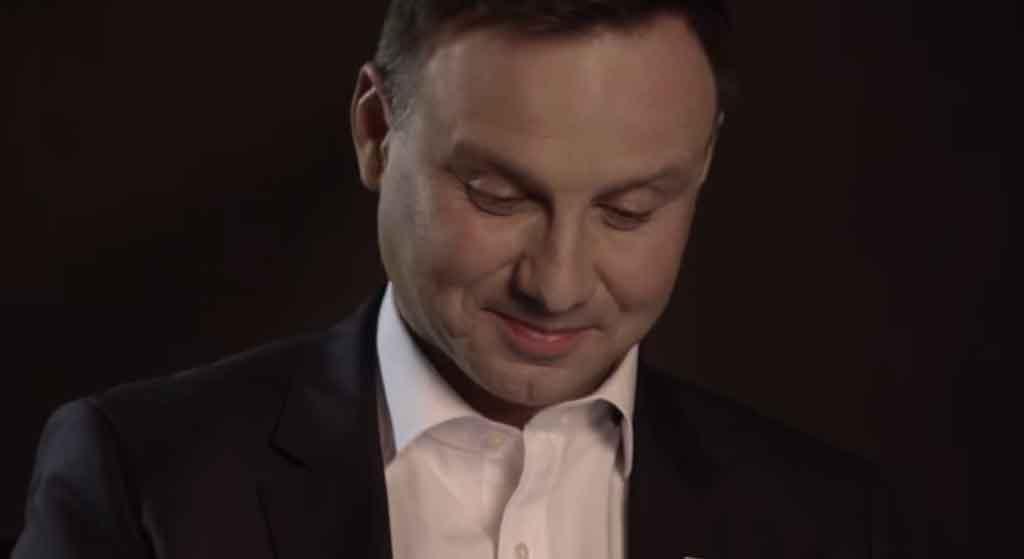 Cały internet szydzi z Andrzeja Dudy. Ośmieszył się?