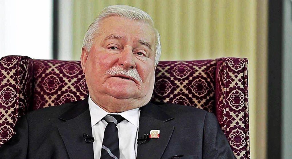 Wałęsa zmiażdżył pomnik Lecha Kaczyńskiego! Nie miał litości