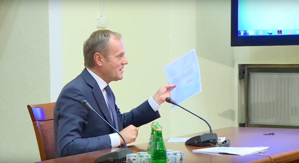 Ujawniono tajne dokumenty, które miały zniszczyć Tuska. Kompromitacja PiS