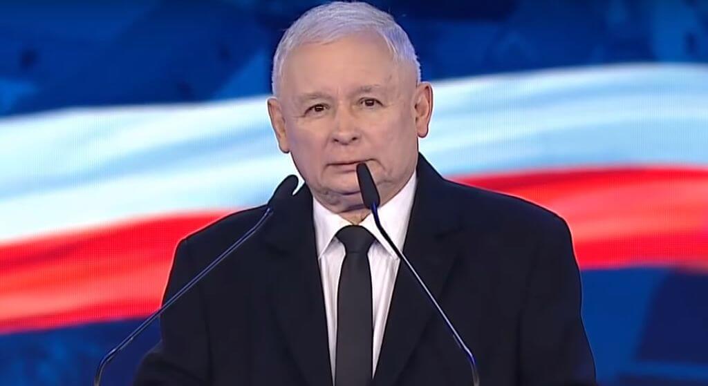 Kaczyński zastygł z przerażenia! Ma przeciwko sobie ludzi papieża